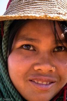 Peanut farmer (Bagan)