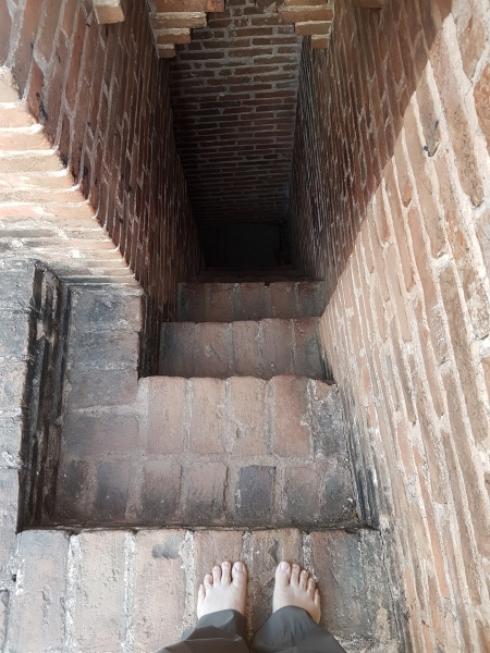 pagoda-stairs