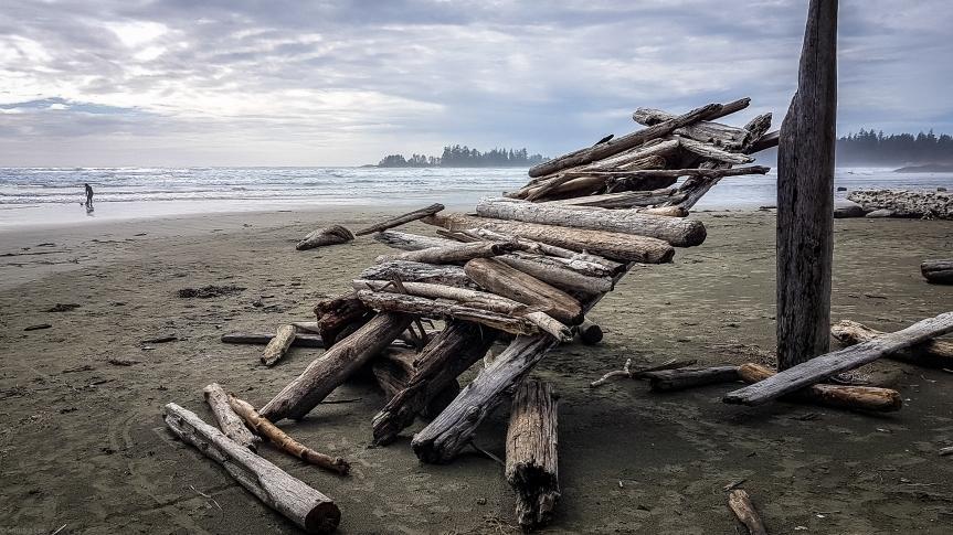 Beach Lean-to-1-2