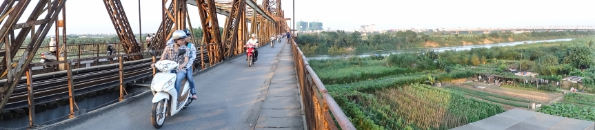 Bridge over the river SôngHồng