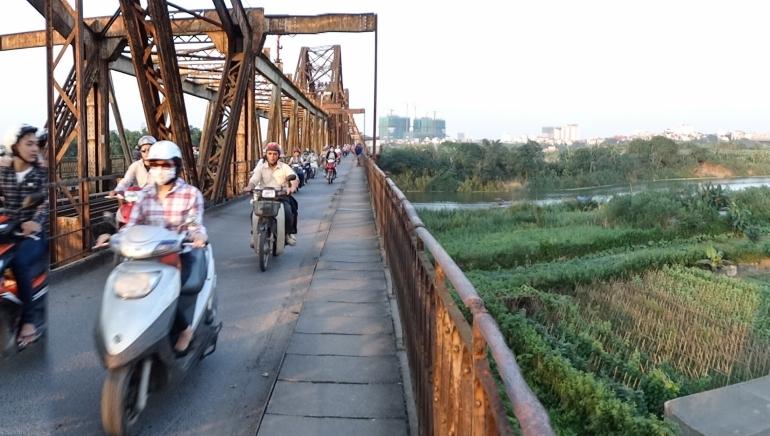 Bridges - LongBien Hanoi-00511